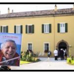 """""""a tutta randa"""" il libro scritto da Valerio Lessi sulla figura di Enrico Fabbri (ph © Giorgio Salvatori) nella foto un momentoo dei festeggiamenti avvenuti sabato 7 giugno 2014 a Palazzo Astolfi Poggio Torriana"""